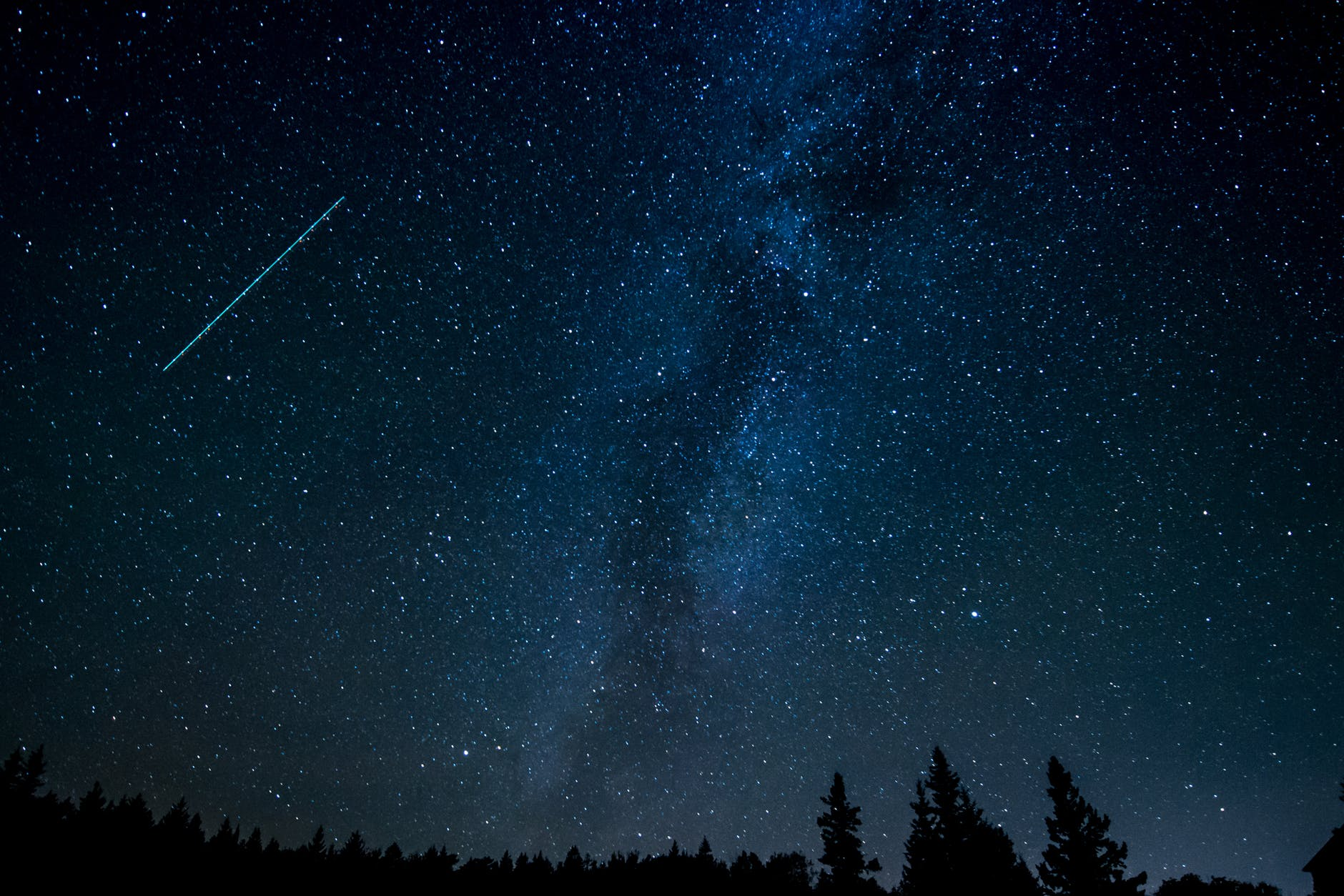 There was a colorful photo of a meteor shower Perseids